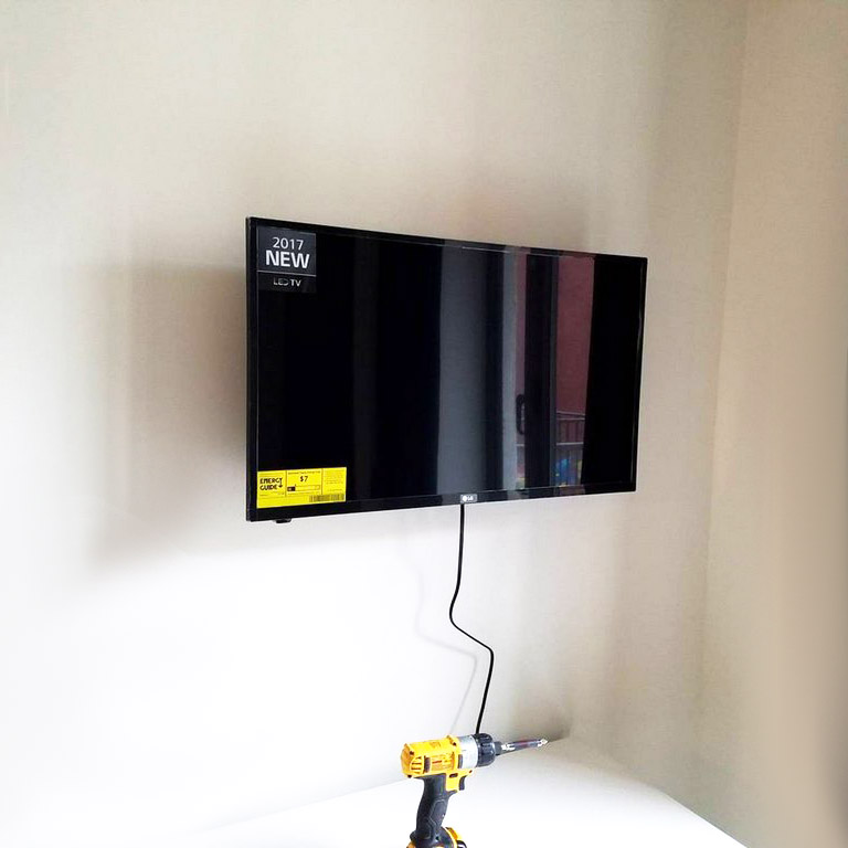 TV mounting services Brooklyn