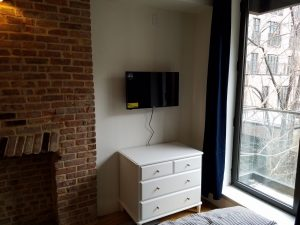 TV mounting services -1