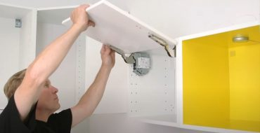Instruction how to install IKEA kitchen fronts and drawers