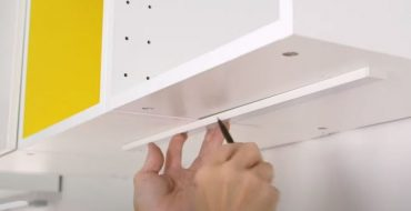 how to install led lights under kitchen cabinets